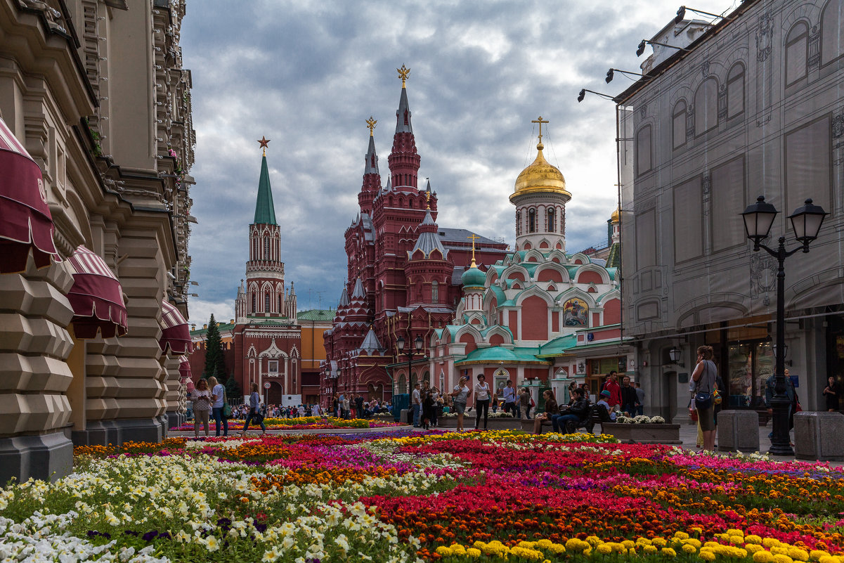 Москва 1931 года в цвете на невероятно атмосферных снимках